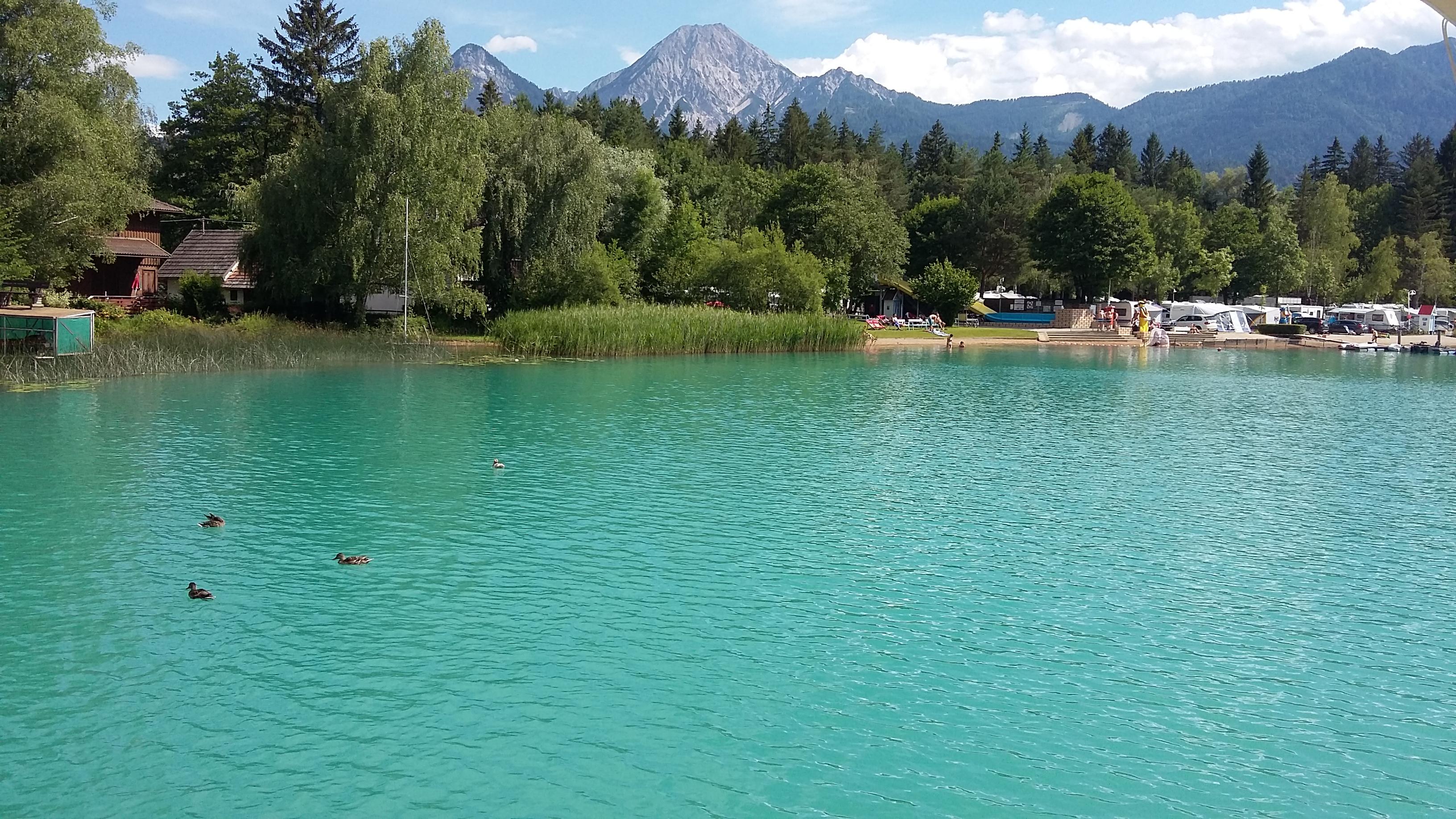Camping Anderwald nad samym jeziorem